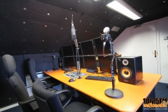 look-around-studio-in2beats-radio-1065fm-07