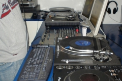 internet-radio-2012-in2beats-radio-1065fm-012_2