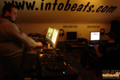 internet-radio-2012-in2beats-radio-1065fm-014_2