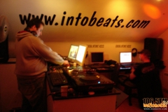 internet-radio-2012-in2beats-radio-1065fm-015_2