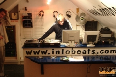 internet-radio-2012-in2beats-radio-1065fm-019_2