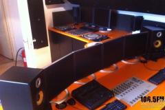 studio-build-in2beats-radio-1065fm-019_2