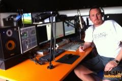 studio-build-in2beats-radio-1065fm-03_2